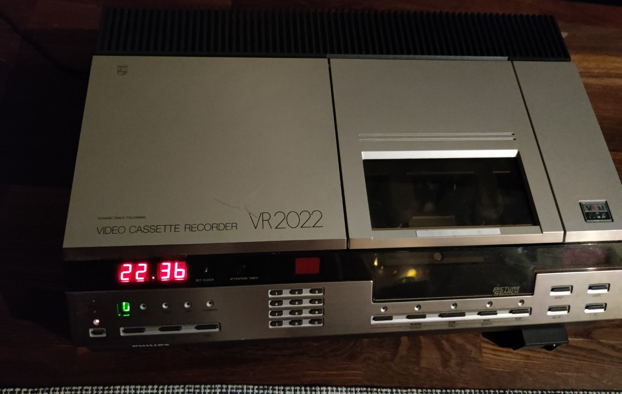 VIDEO2000_tai_VCR.jpg