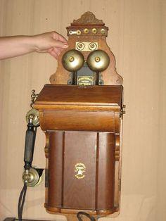 f160e760b3c5bafdc3b245740383ada5--telephone-number-vintage-telephone.jpg